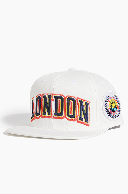 STUSSY Cities Snapback White