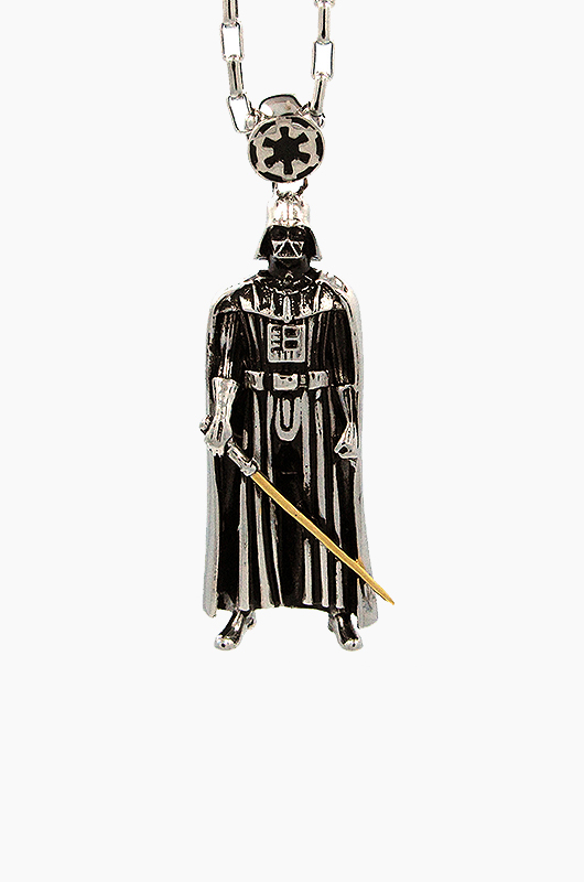 HAN CHOLO Darth Vader Necklace