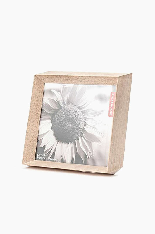KIKKERLAND Small Isometric Photo Frame