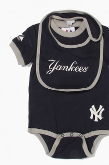 MLB Bib, Boottie & Onesie Set Yankees